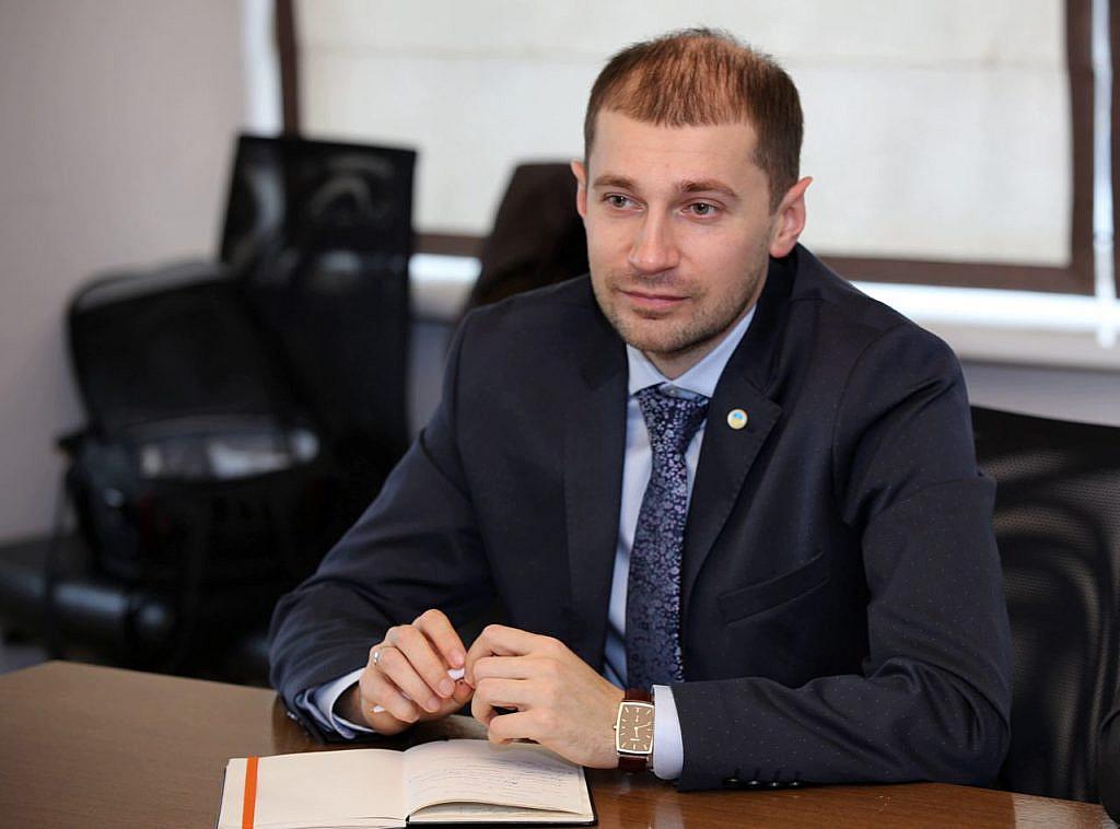 Член АПКБУ поліграфолог Євген Ситнік