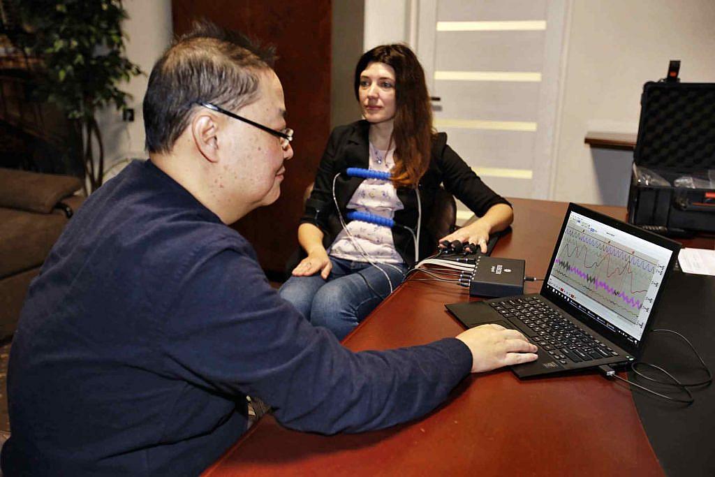 Домінік Чан Вен Шун проходить курси поліграфологів