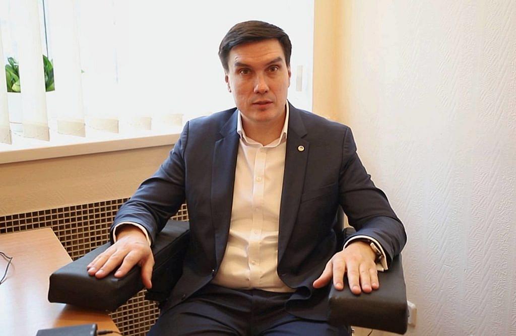 Поліграфолог Володимир Ведмідь
